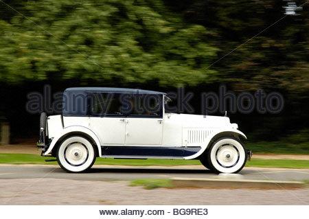 High Resolution Wallpaper   1926 Hudson Super Six Brougham 450x319 px