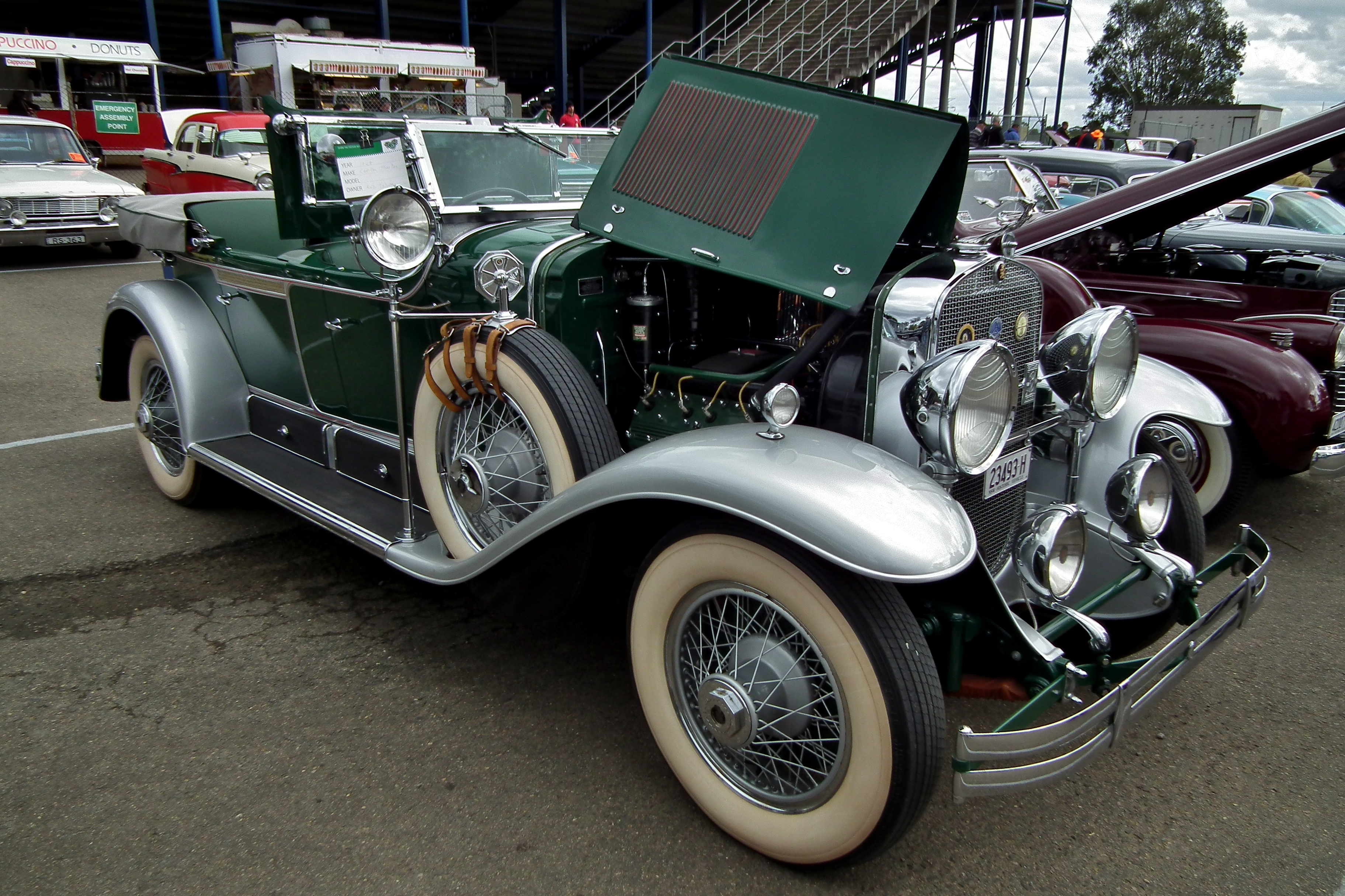 Nice Images Collection: 1929 Cadillac V-8 Dual Cowl Phaeton Desktop Wallpapers