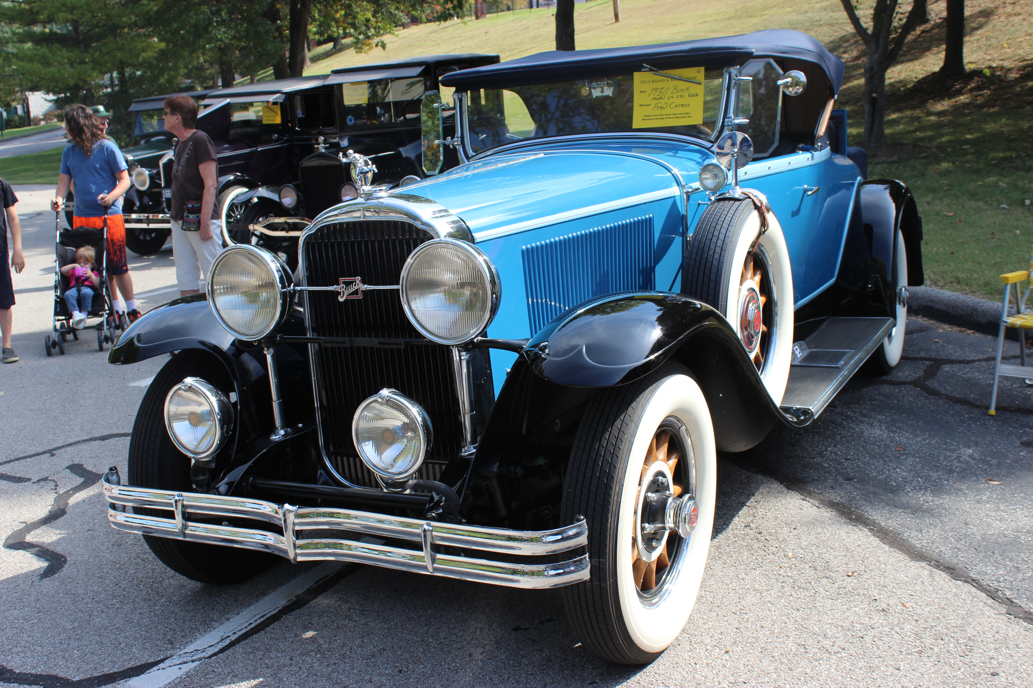 HQ 1930 Buick Roadster Wallpapers | File 2041.03Kb