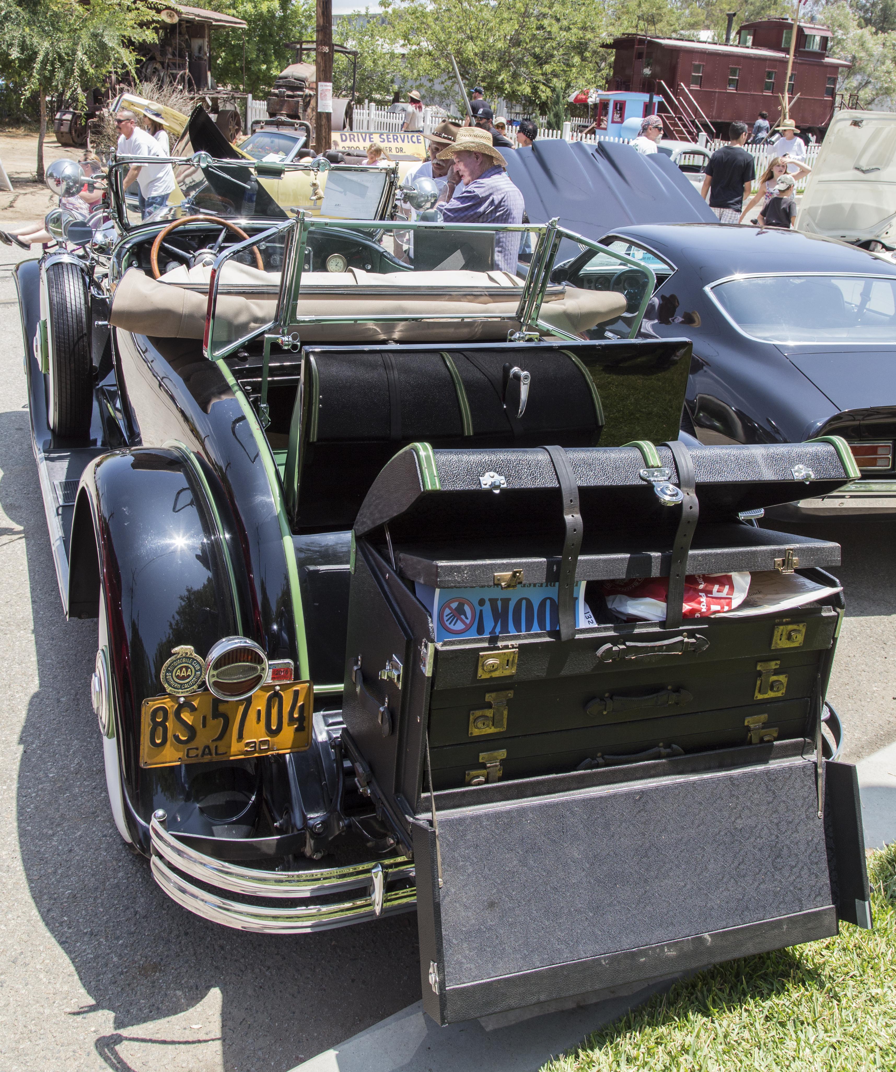 High Resolution Wallpaper | 1930 Buick Roadster 3430x4101 px