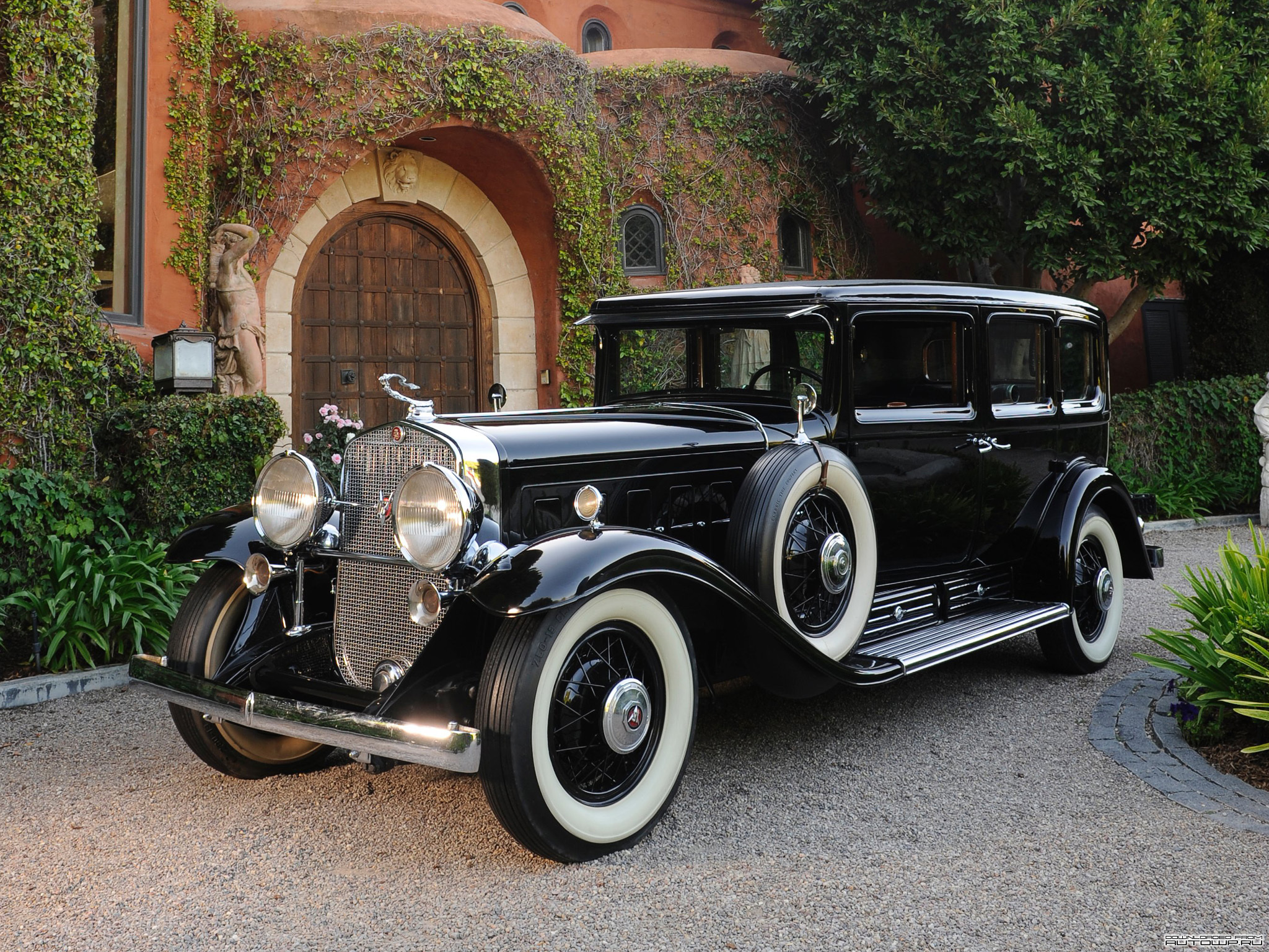 HQ 1930 Cadillac V16 Imperial Sedan Wallpapers | File 1482.27Kb