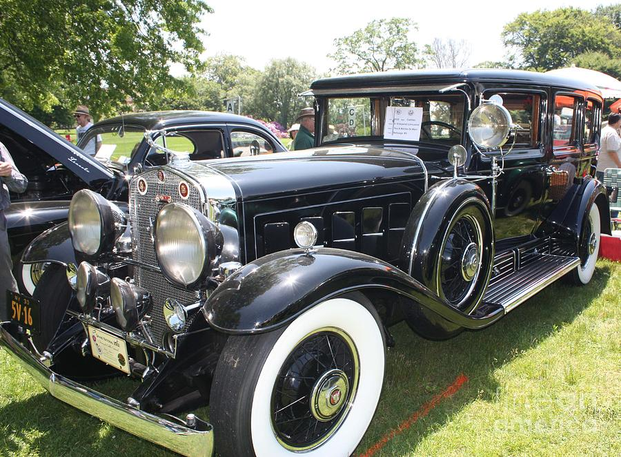 High Resolution Wallpaper | 1930 Cadillac V16 Imperial Sedan 900x662 px