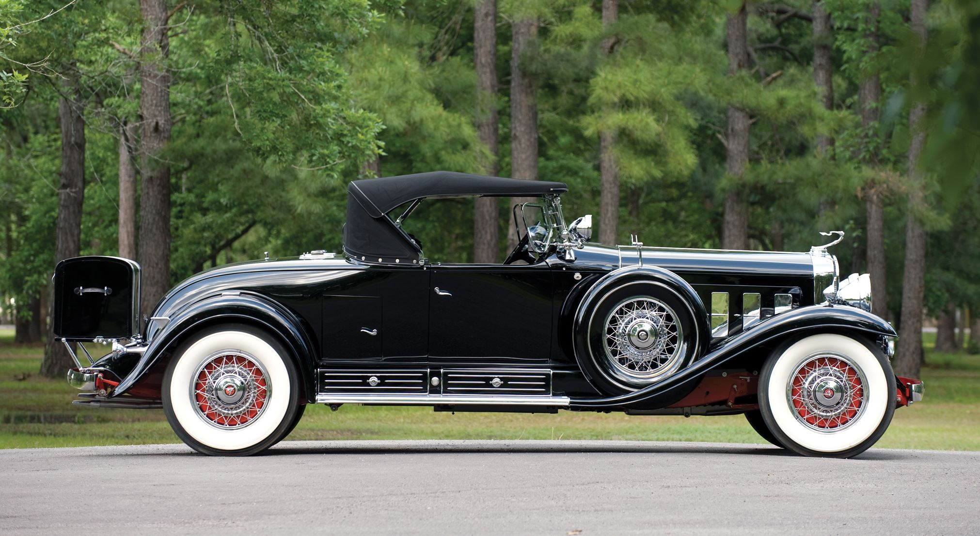 1930 Cadillac V16 Roadster Backgrounds on Wallpapers Vista