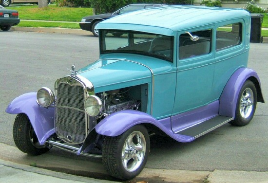 1930 Ford Sedan Backgrounds, Compatible - PC, Mobile, Gadgets| 550x376 px