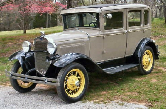 Images of 1930 Ford Sedan | 557x365