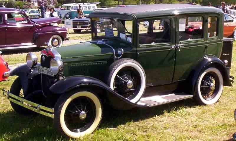 800x477 > 1930 Ford Sedan Wallpapers