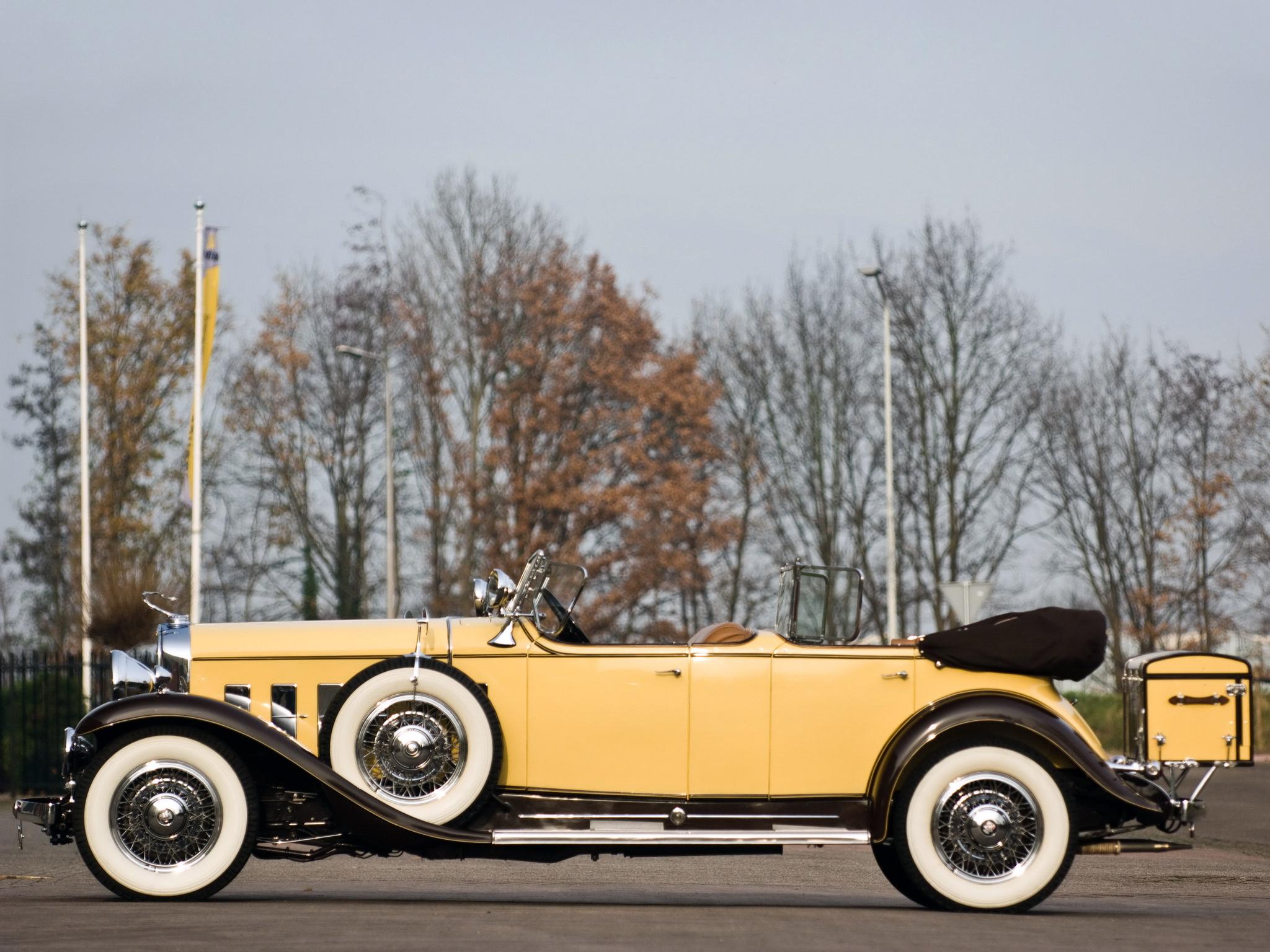 High Resolution Wallpaper | 1931 Cadillac V12 2048x1536 px