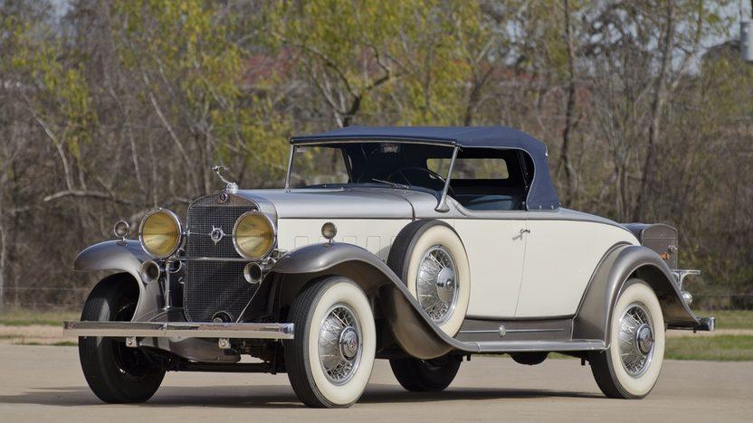 832x468 > 1931 Cadillac V12 Wallpapers