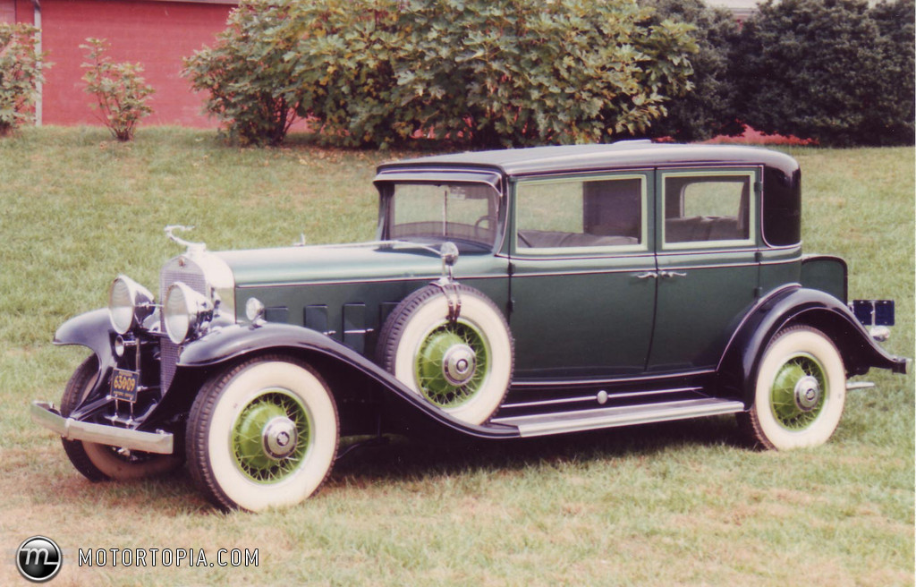 Nice wallpapers 1931 Cadillac V12 1024x656px
