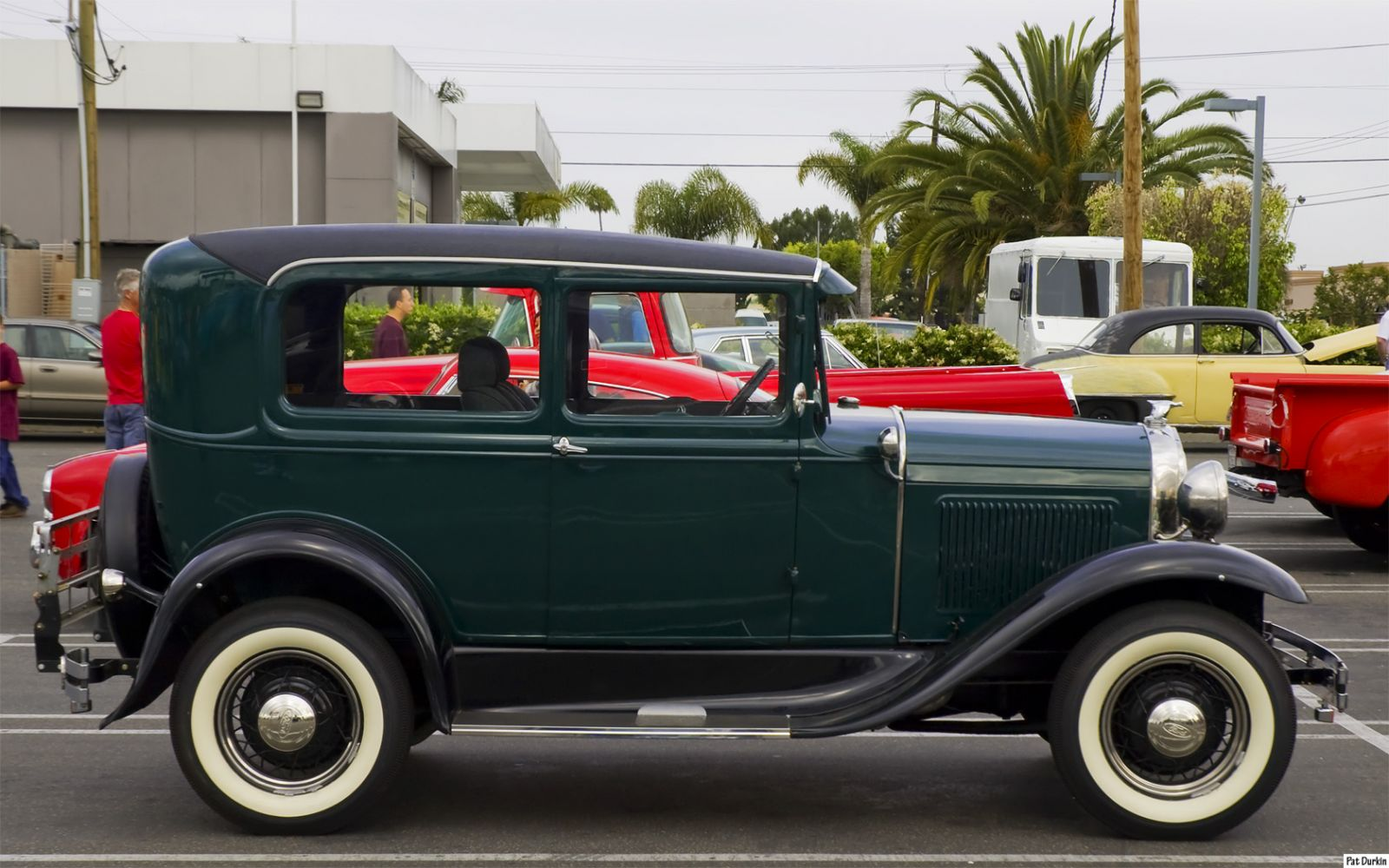 High Resolution Wallpaper | 1931 Ford Model A 1600x1000 px