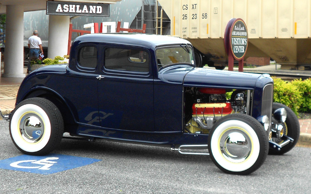 High Resolution Wallpaper | 1932 Ford Five Window Coupe 640x400 px