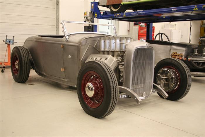 HQ 1932 Ford Roadster Wallpapers | File 46.45Kb
