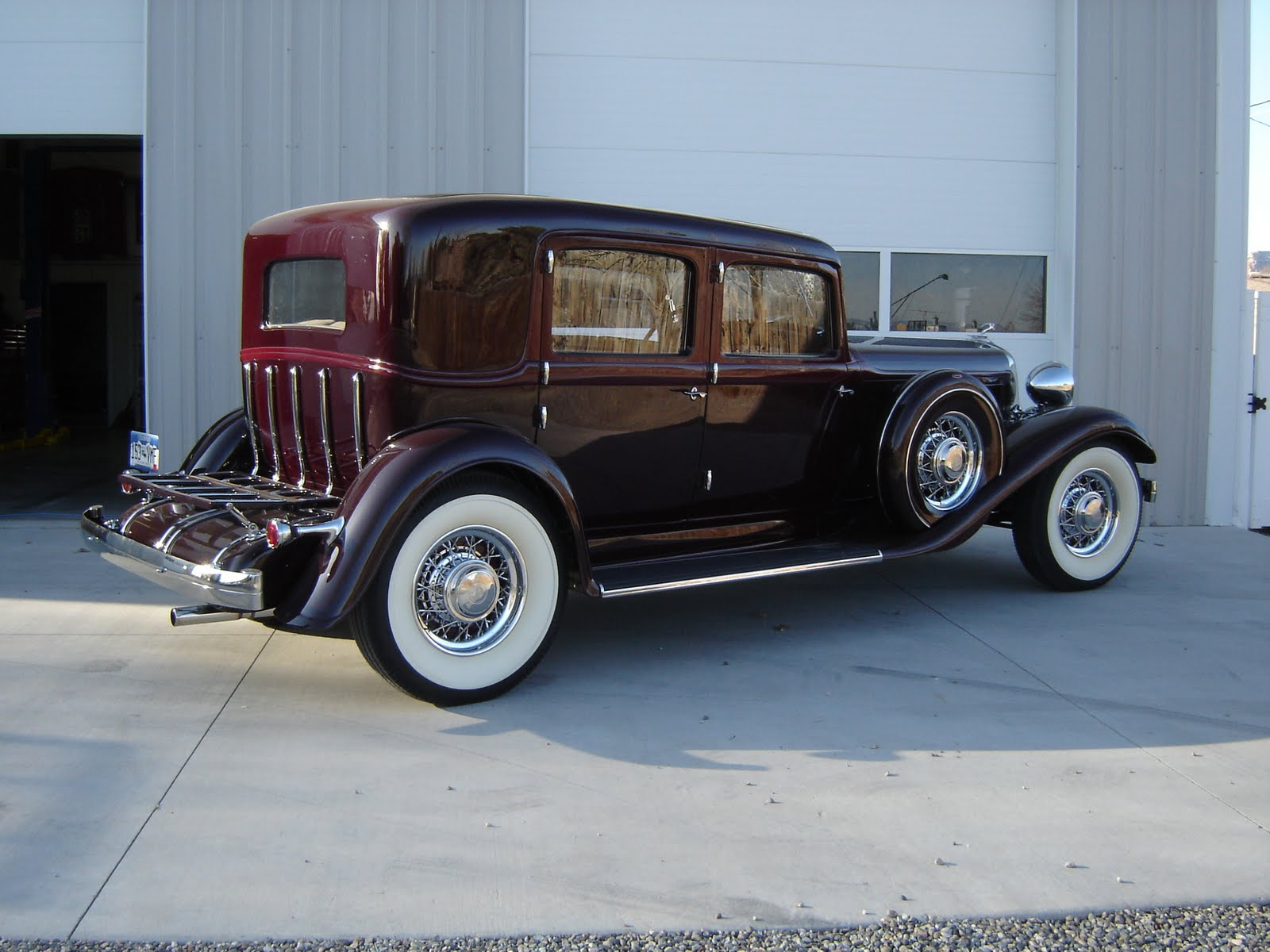 1933 Chrysler Imperial Backgrounds, Compatible - PC, Mobile, Gadgets  1600x1200 px