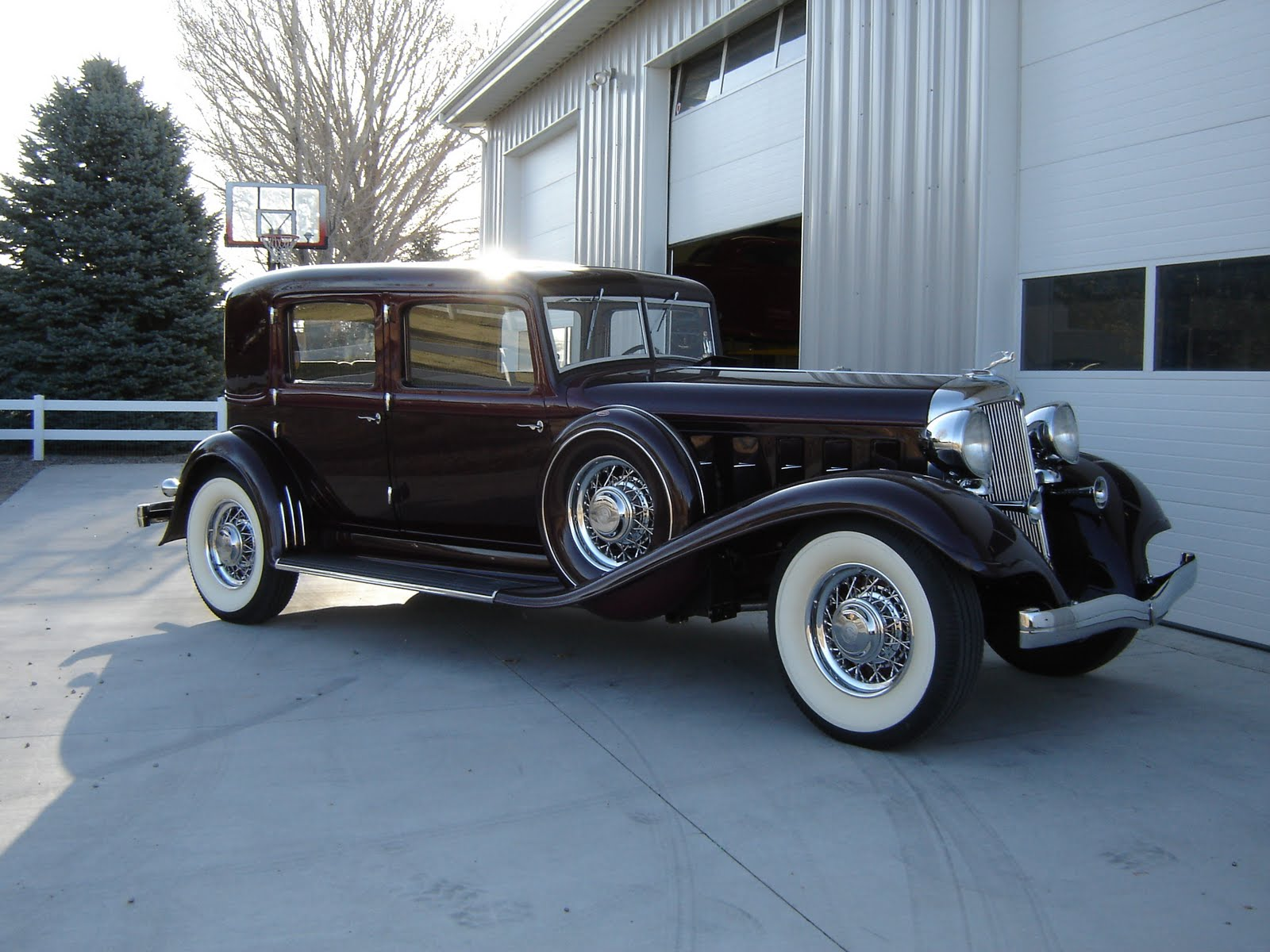 Images of 1933 Chrysler Imperial   1600x1200