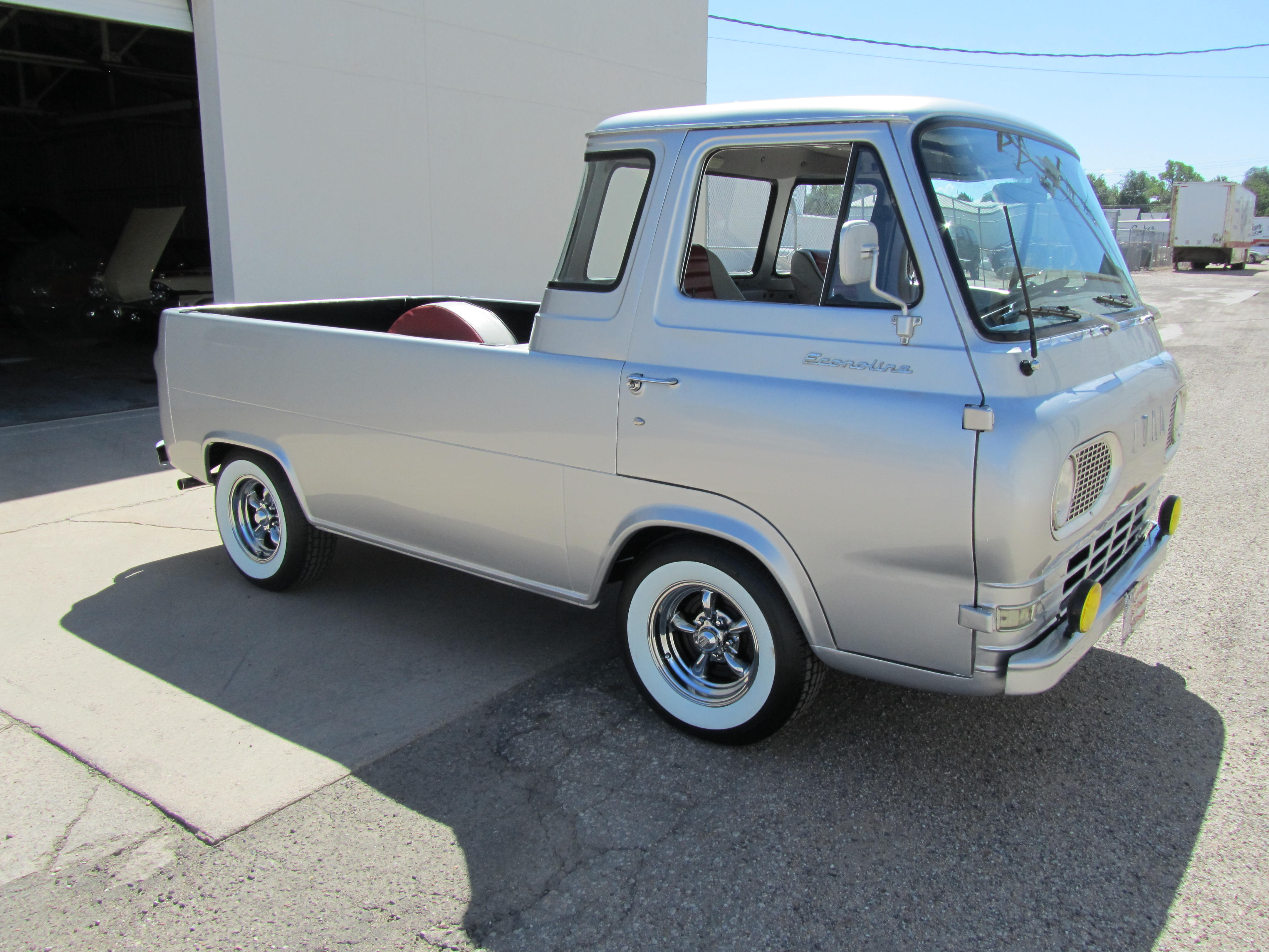 Nice Images Collection: 1961 Ford Econoline Desktop Wallpapers