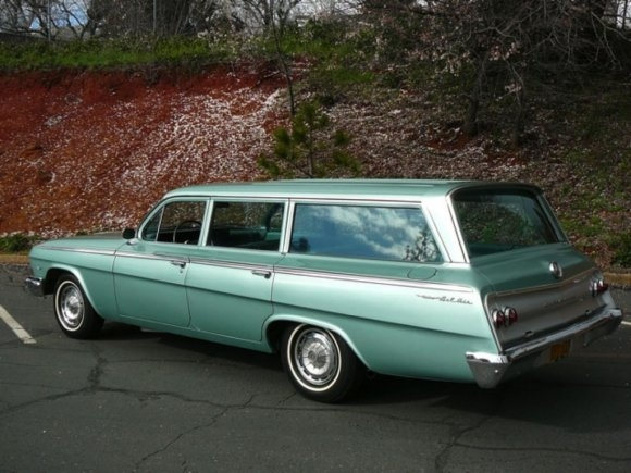 Images of 1962 Chevrolet Four-door Wagon | 580x435