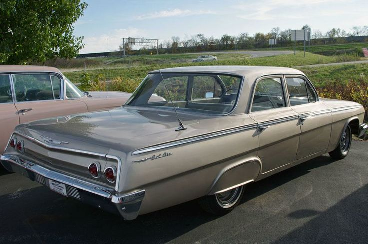 Images of 1962 Chevrolet Four-door Wagon | 736x489