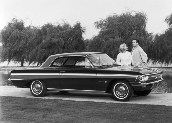 Images of 1962 Oldsmobile Jetfire | 700x499