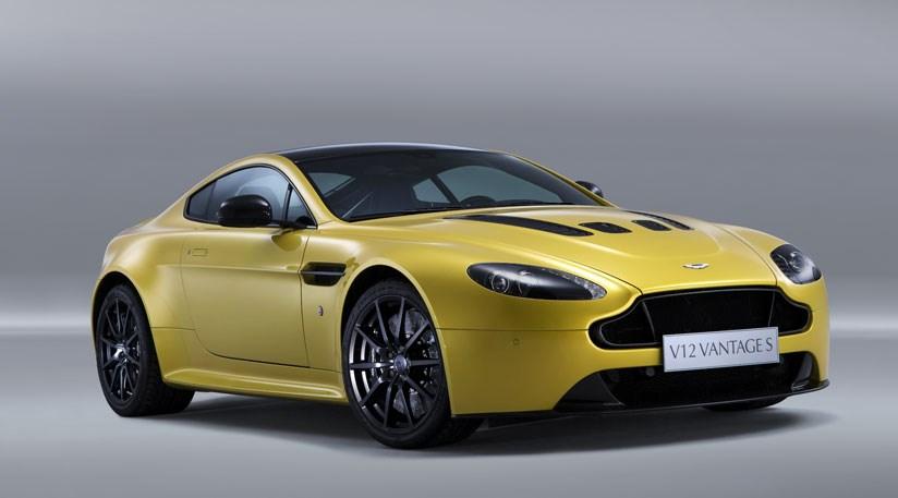 High Resolution Wallpaper | 2014 Aston Martin V12 Vantage S 824x457 px