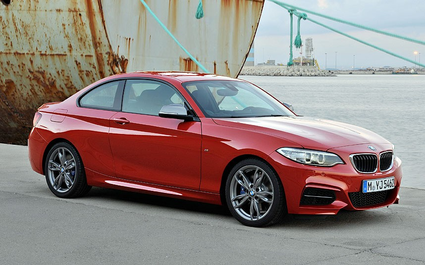 HQ 2014 BMW 2 Series Coupe Wallpapers | File 134.37Kb