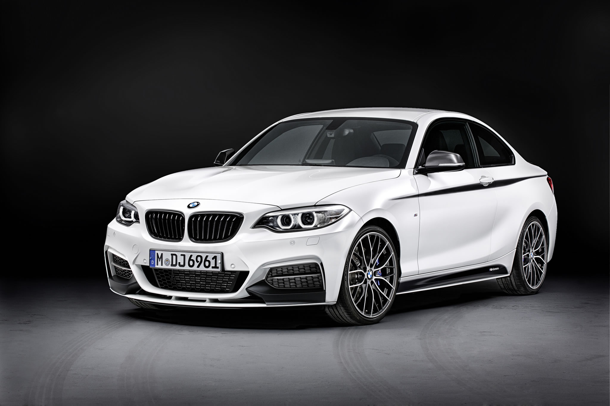 Nice wallpapers 2014 BMW M235i Coupe 2048x1365px