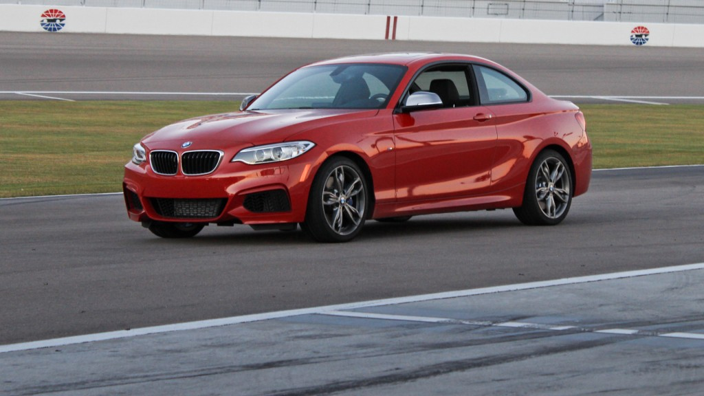 1024x576 > 2014 BMW M235i Coupe Wallpapers