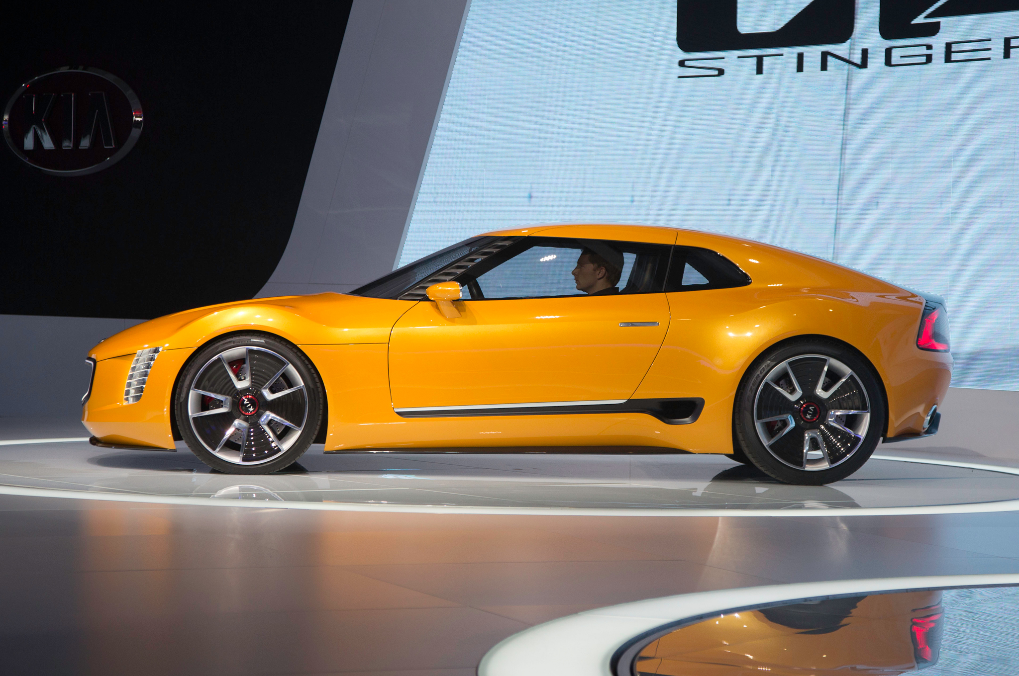 2014 Kia GT4 Stinger Concept  Backgrounds on Wallpapers Vista