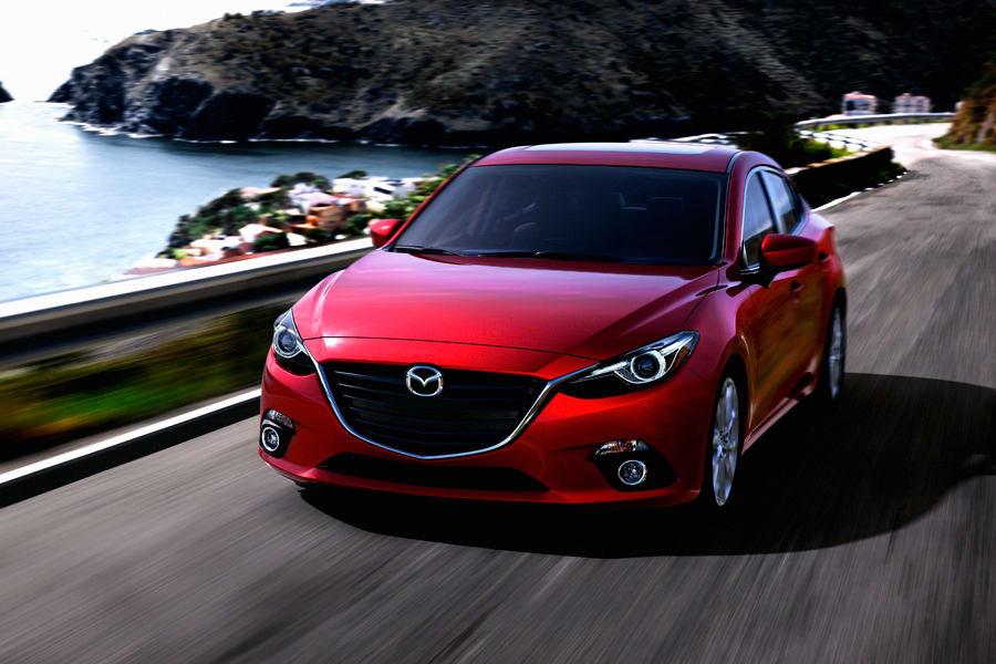 900x600 > 2014 Mazda 3 Wallpapers
