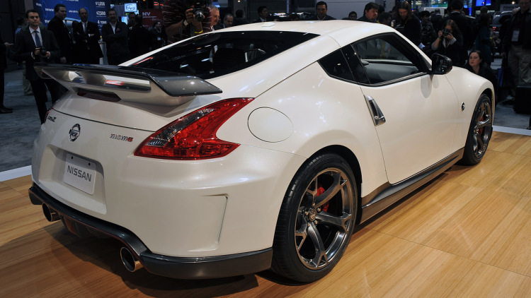 HD Quality Wallpaper | Collection: Vehicles, 750x422 2014 Nissan 370Z Nismo