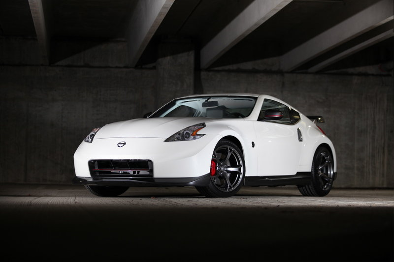 HD Quality Wallpaper | Collection: Vehicles, 800x533 2014 Nissan 370Z Nismo