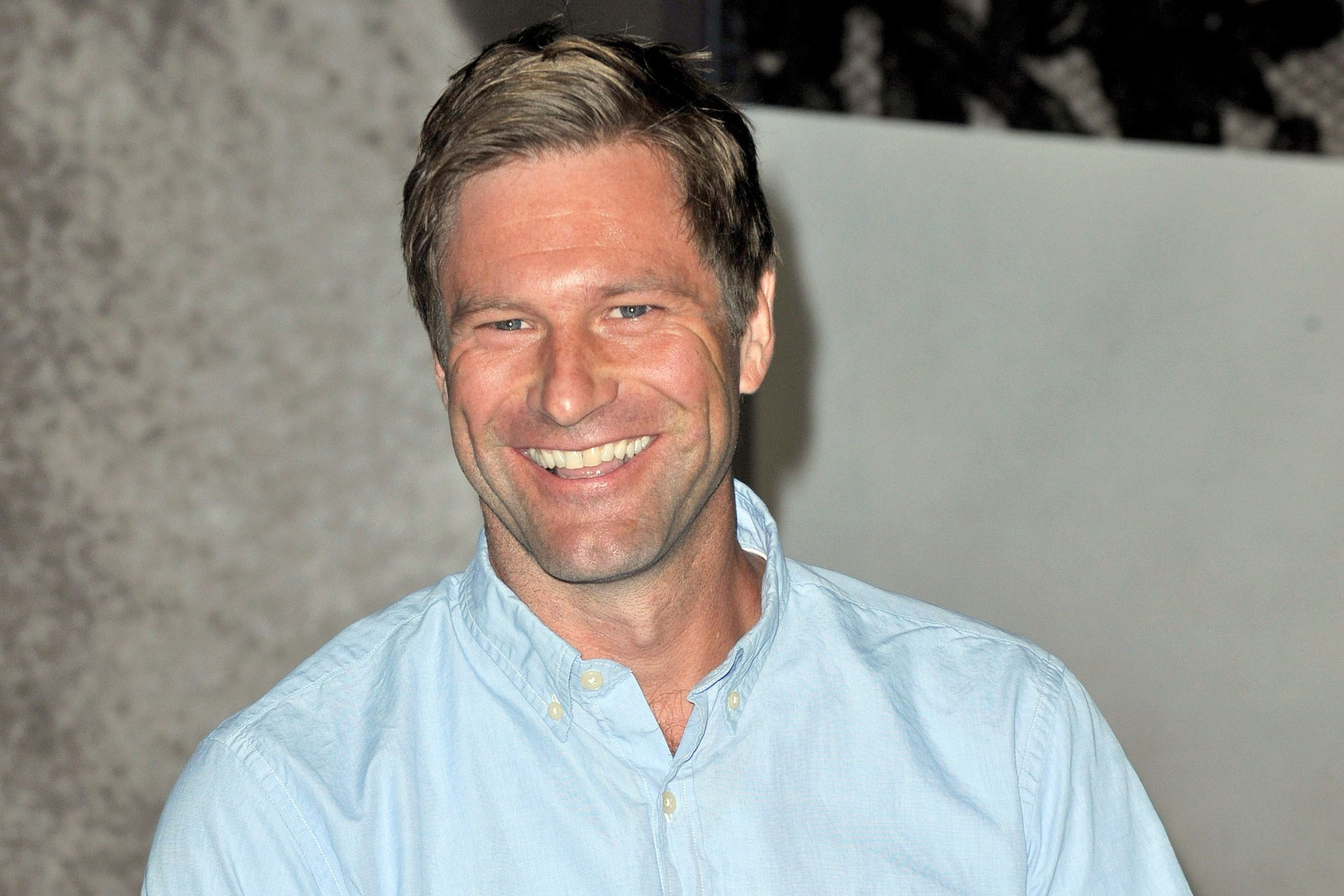 HQ Aaron Eckhart Wallpapers | File 407.41Kb