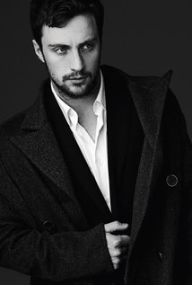 214x317 > Aaron Taylor-Johnson Wallpapers