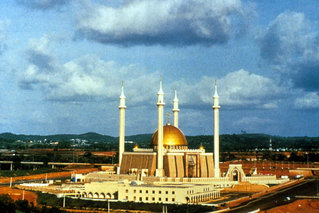 Abuja National Mosque Backgrounds, Compatible - PC, Mobile, Gadgets| 640x427 px