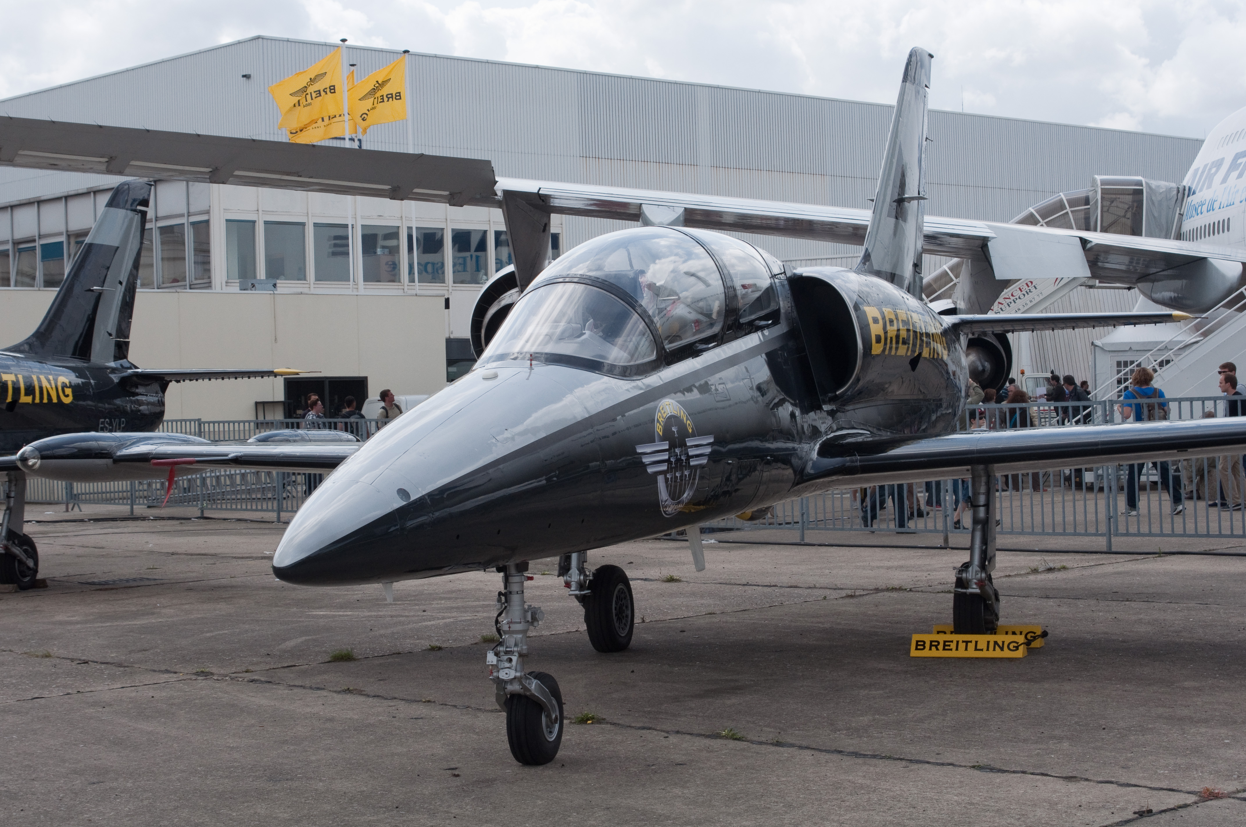 Amazing Aero L-39 Albatros Pictures & Backgrounds
