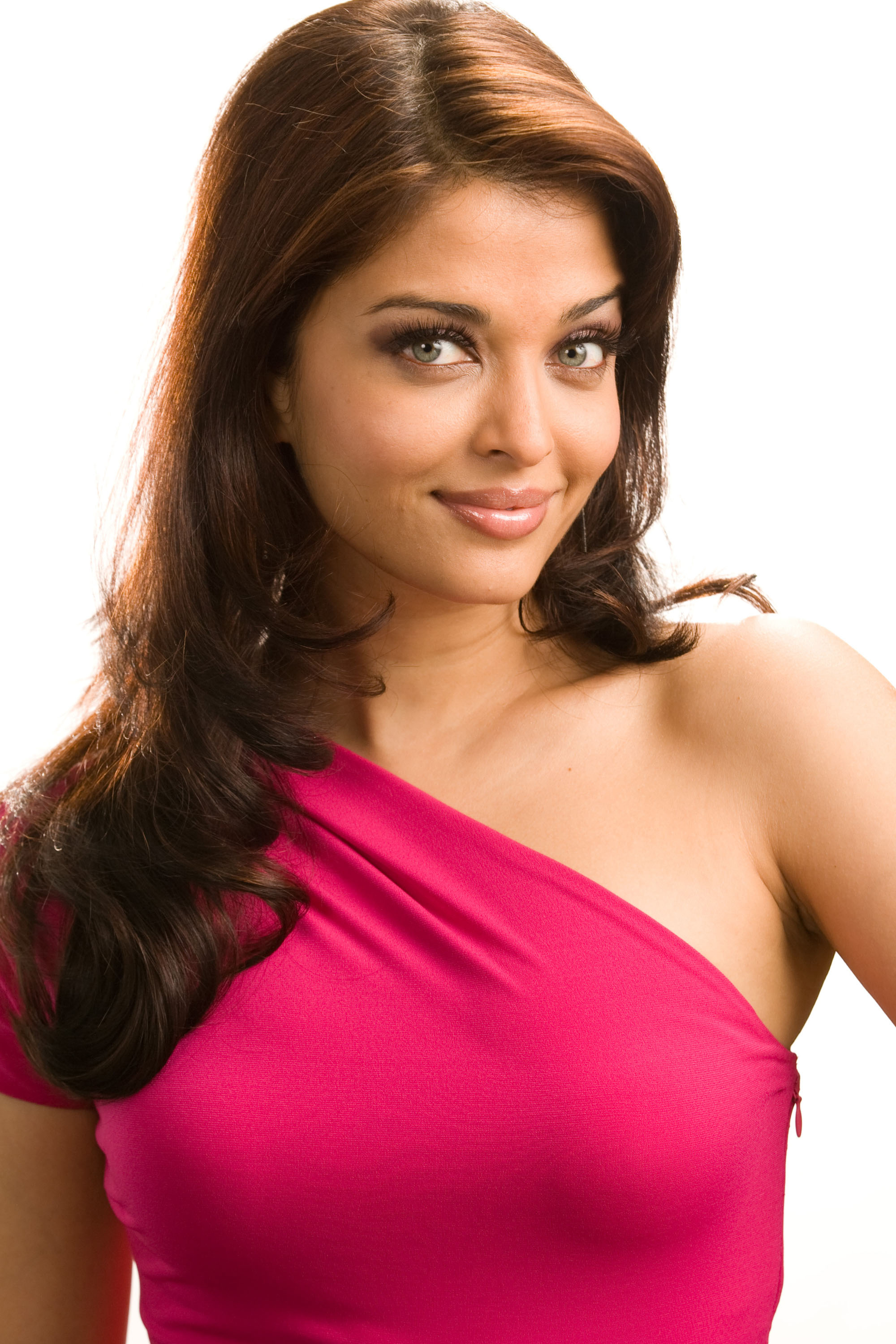 HD Quality Wallpaper | Collection: Celebrity, 2000x3000 Aishwarya Rai