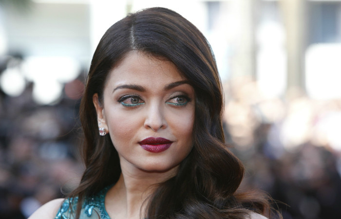 Amazing Aishwarya Rai Pictures & Backgrounds