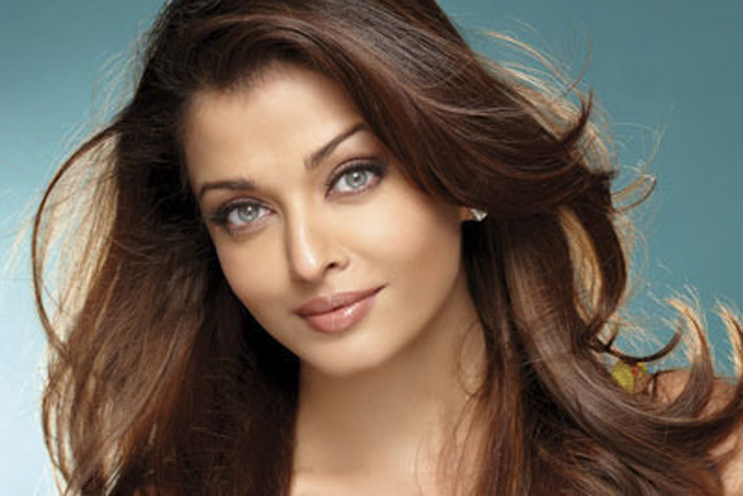 670x447 > Aishwarya Rai Wallpapers