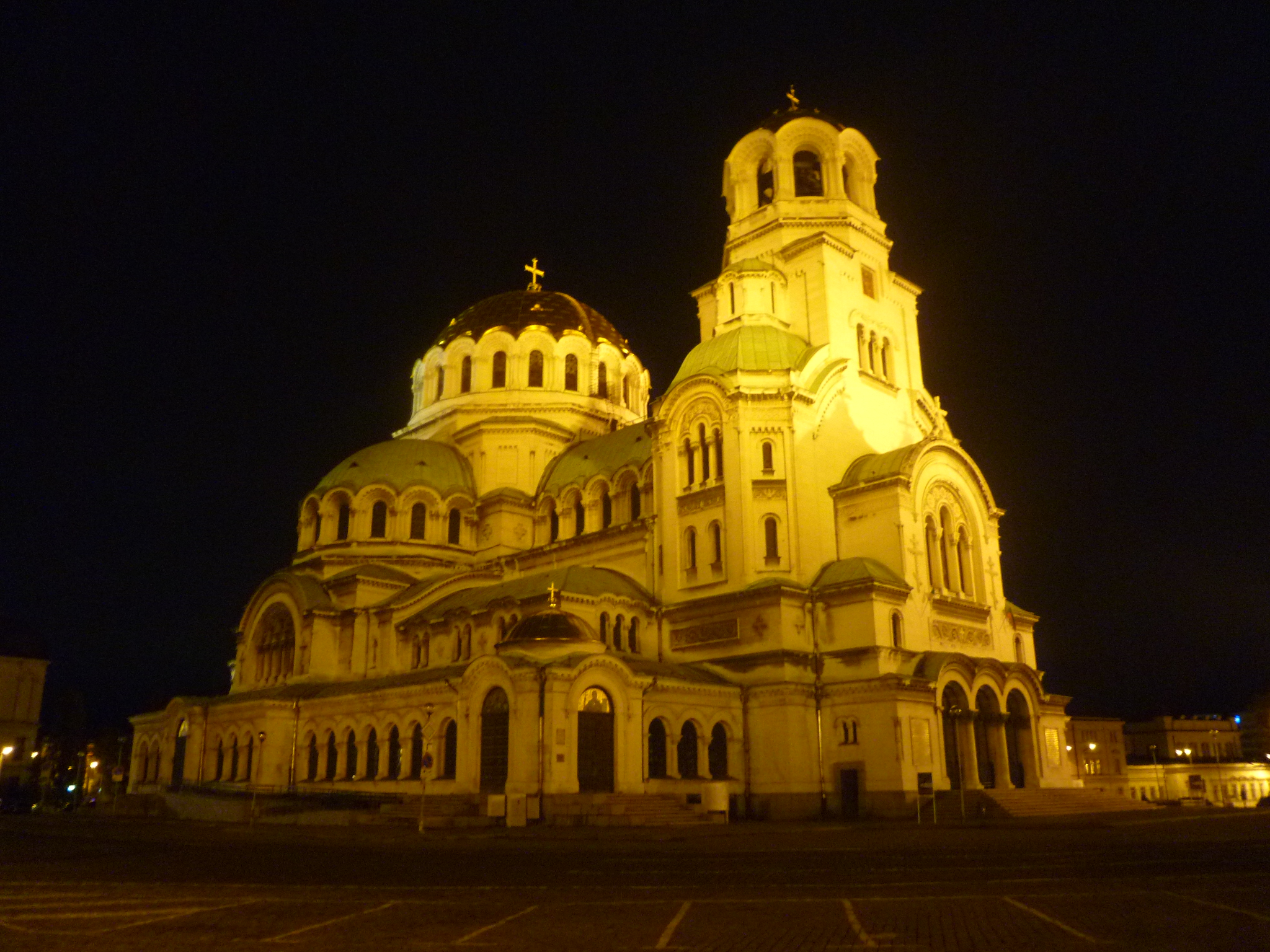 2048x1536 > Alexander Nevsky Cathedral, Sofia Wallpapers
