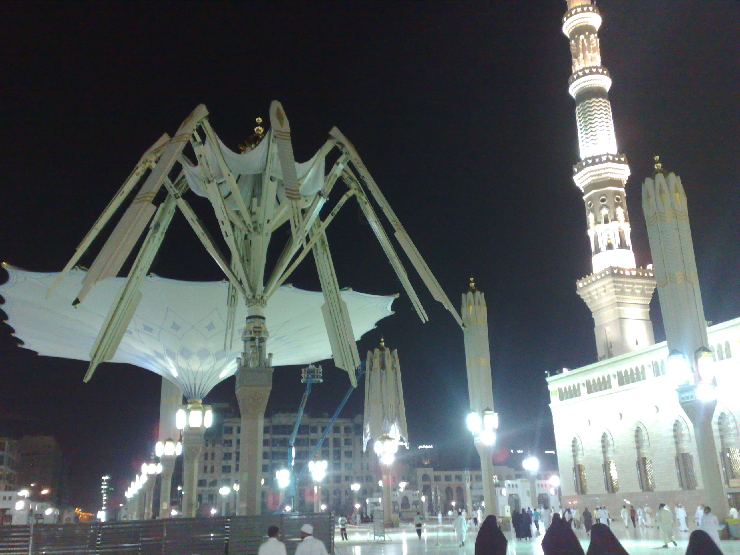 Al-Masjid Al-Nabawi Backgrounds, Compatible - PC, Mobile, Gadgets| 2592x1944 px