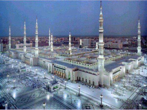 HQ Al-Masjid Al-Nabawi Wallpapers | File 65.84Kb
