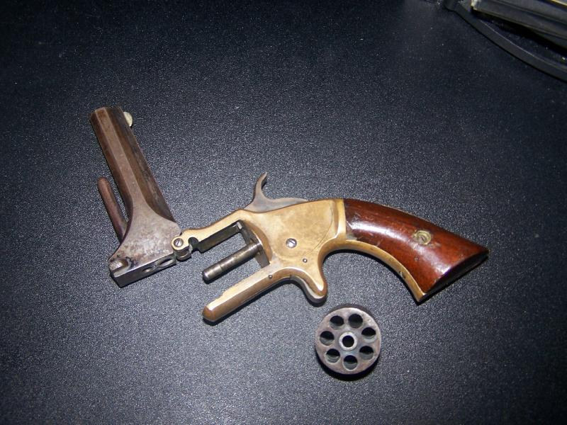 Amazing American Standard Revolver Pictures & Backgrounds