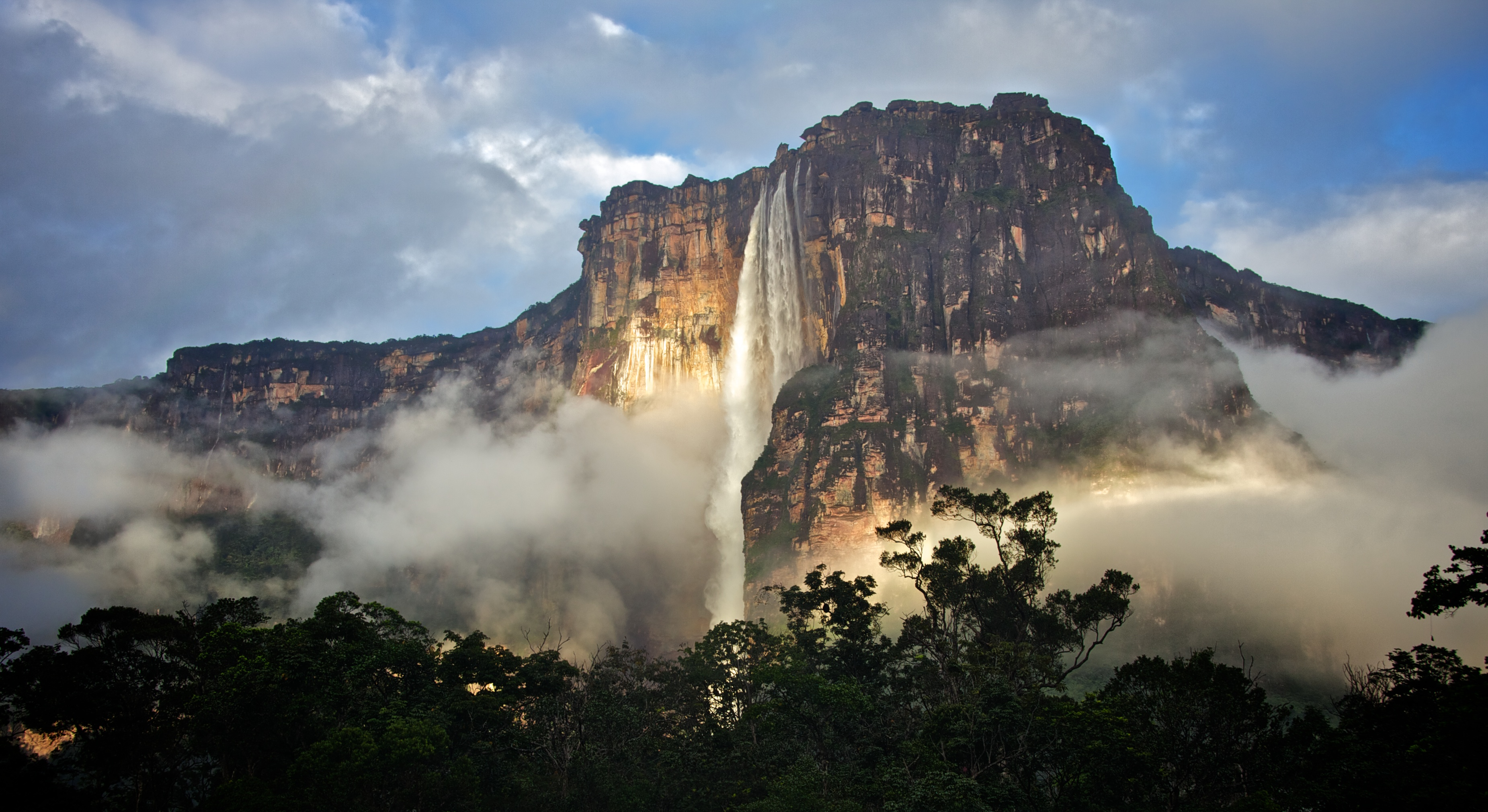 Images of Angel Falls | 3702x2021