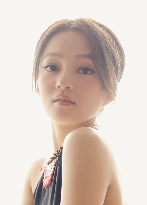 Angela Chang Backgrounds on Wallpapers Vista