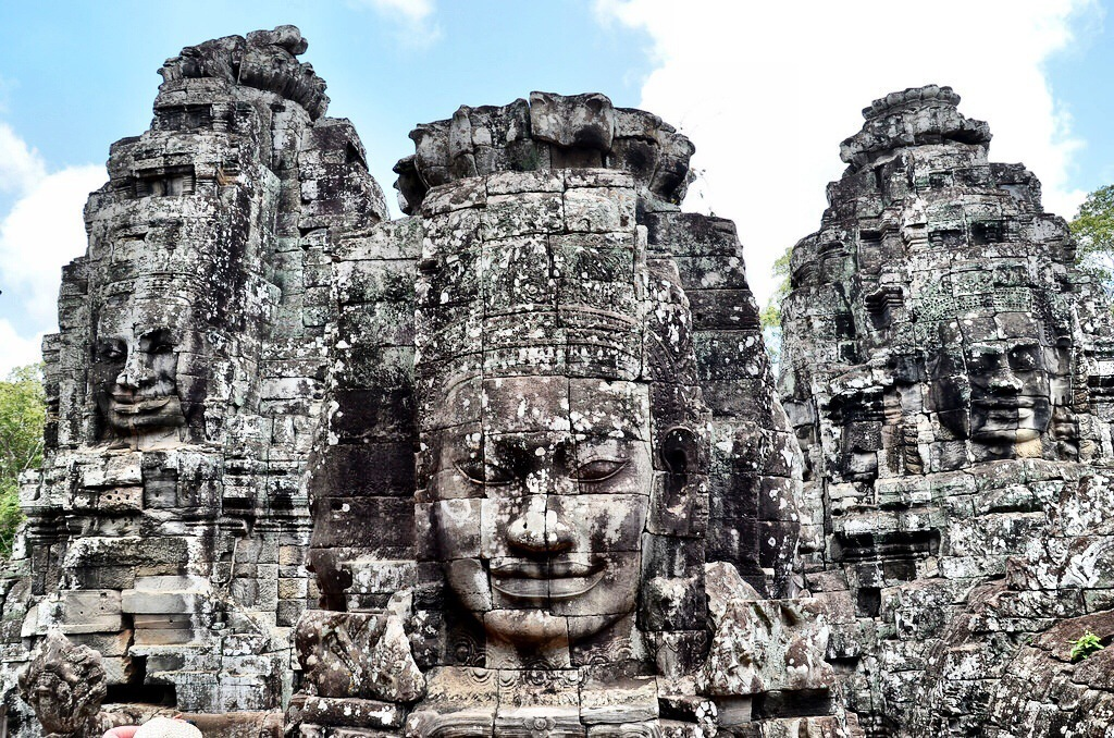 Amazing Angkor Thom Pictures & Backgrounds