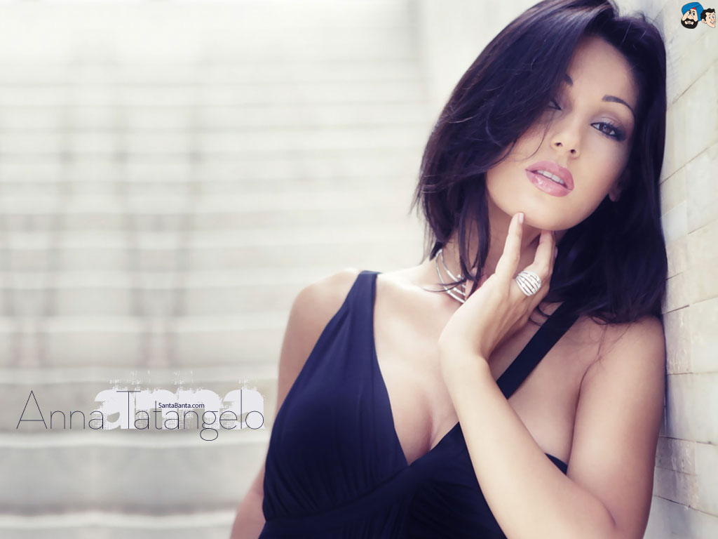 Amazing Anna Tatangelo Pictures & Backgrounds