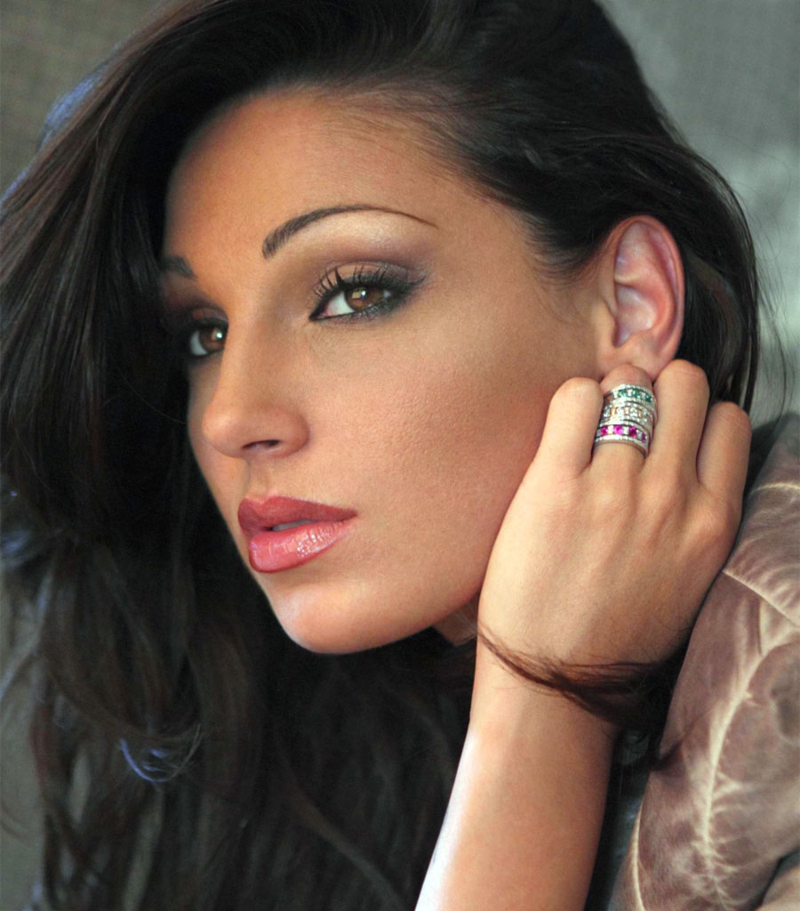 Anna Tatangelo Backgrounds, Compatible - PC, Mobile, Gadgets| 900x1024 px