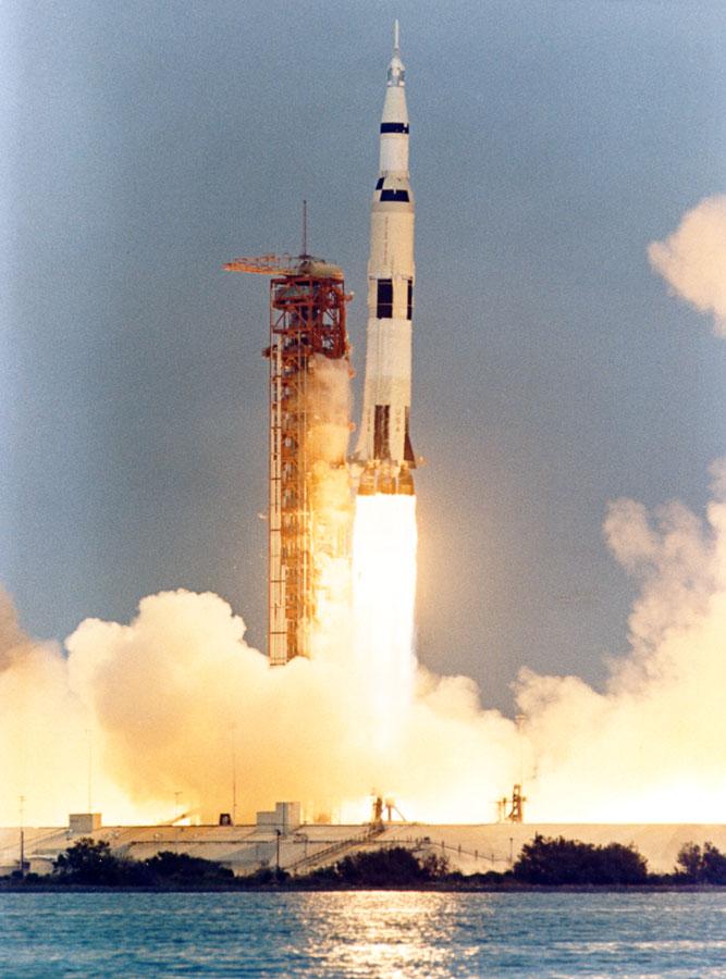 Images of Apollo 13 | 667x900