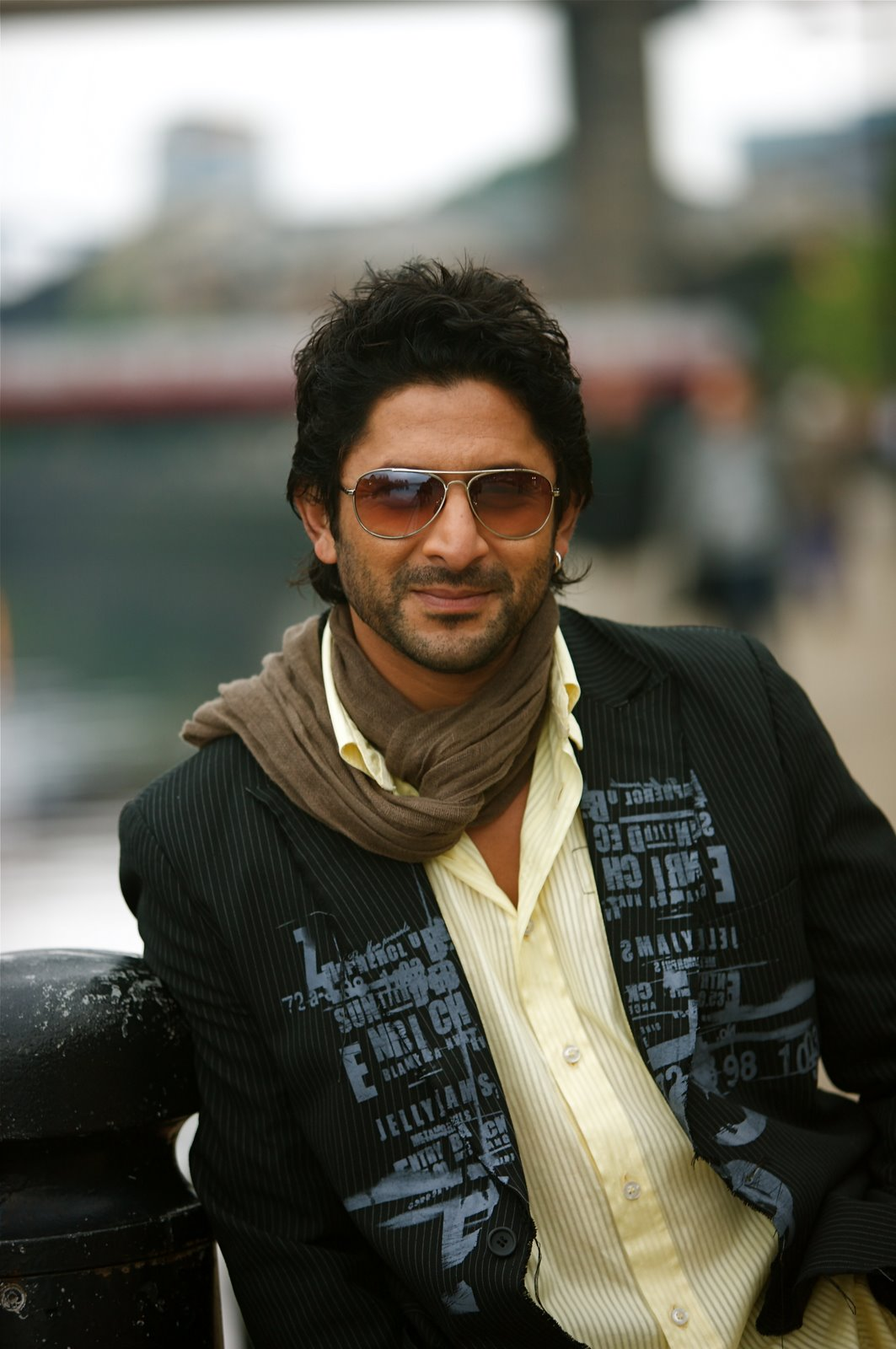 High Resolution Wallpaper | Arshad Warsi 1063x1600 px