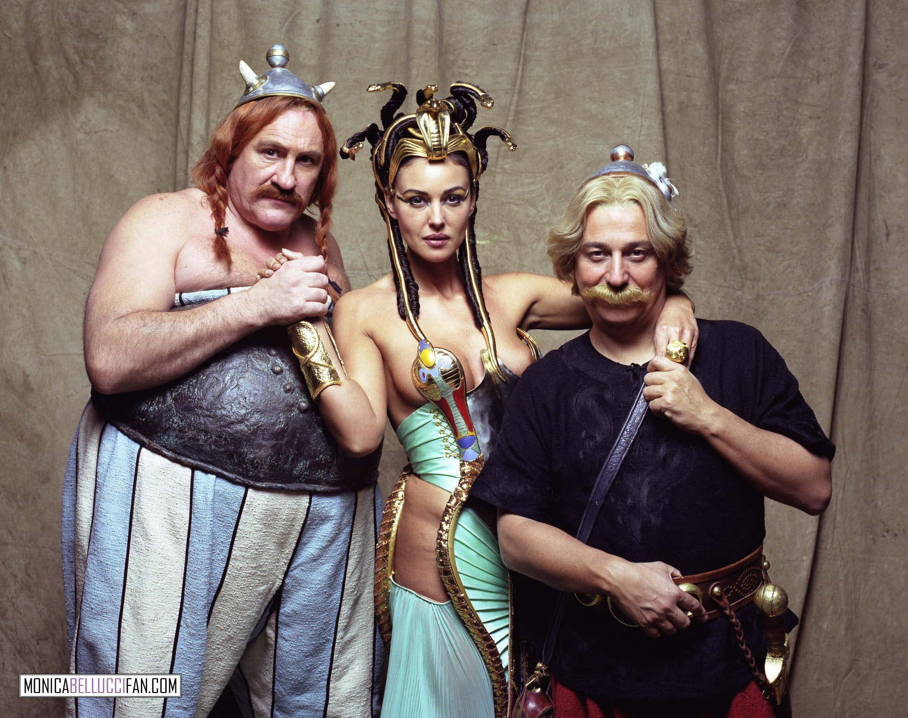 HQ Asterix & Obelix: Mission Cleopatra Wallpapers | File 398.96Kb