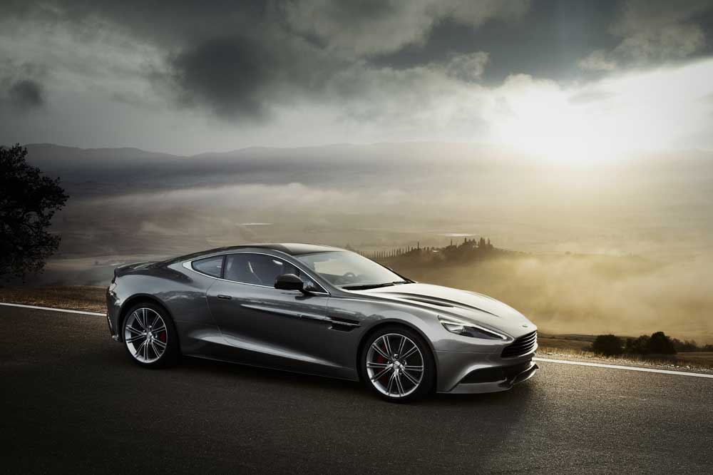 Amazing Aston Martin Vanquish Pictures & Backgrounds